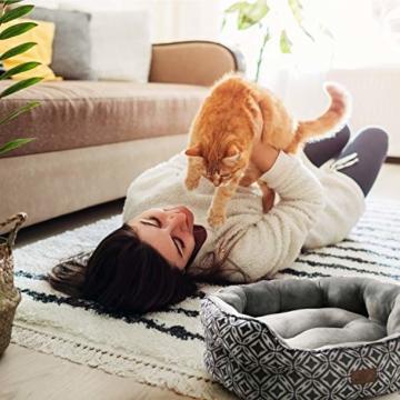 Bedsure Katzenbett Katzen Bettchen Gross - Katzen Bett mit Zweiseitig Innenkissen Waschbar Katzenschlafplatz Grau L64cm X B53cm X H23cm für Katzen/Kleine Hunde - 6