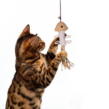 ecoworks Premium Katzenspielzeug |natürliche robuste Spielangel mit Maus | Stofftier 3er Set zur Katzenbeschäftigung | Kratzspielzeug | Geschenkbox | interaktives Zubehör | natürlichen Fasern & Federn - 7